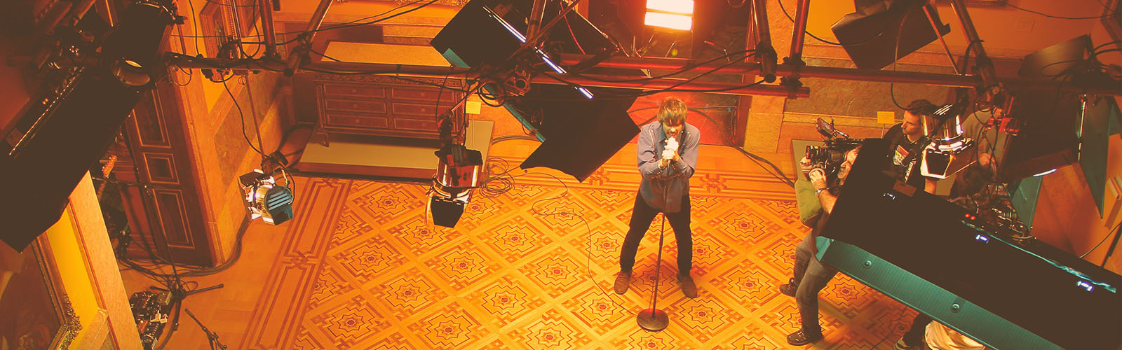 12 tips for crafting the perfect music video clip